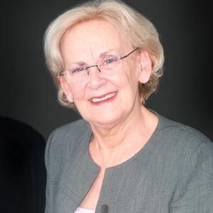 Charlotte Bennett, receptionist